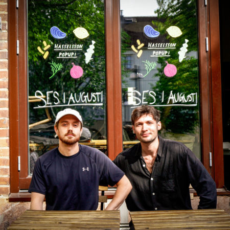 Adam Axelsson and Oliver Bull, two owners of Hasselssons - a seafood restaurant Pop Up in Majorna, Gothenburg. They have collaborated with Beerbliotek, a Swedish Craft Brewery to make their Hasselssons Li'l Pils beer.